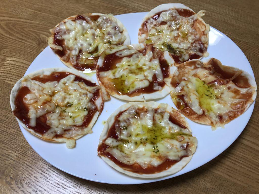 餃子 の 皮 で ピザ