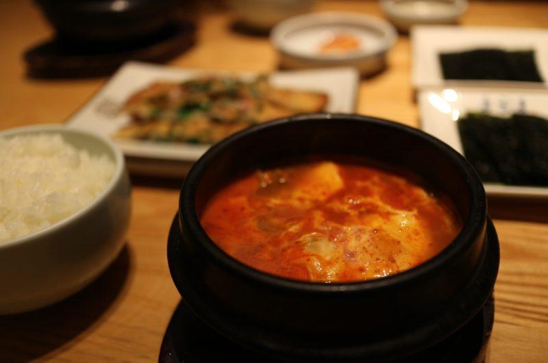 【スッキリ】豚バラ純豆腐のレシピ|トマト缶でスンドゥブ|ぐっち夫婦【11月30日】